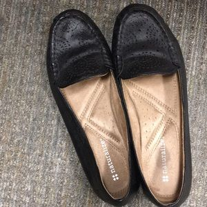 Naturalized shoes